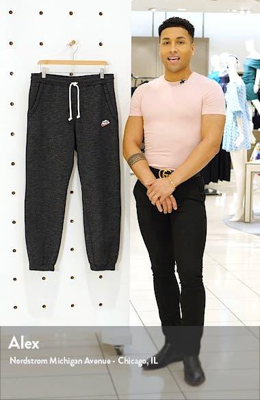 Sportswear Heritage Jogger Sweatpants, sales video thumbnail
