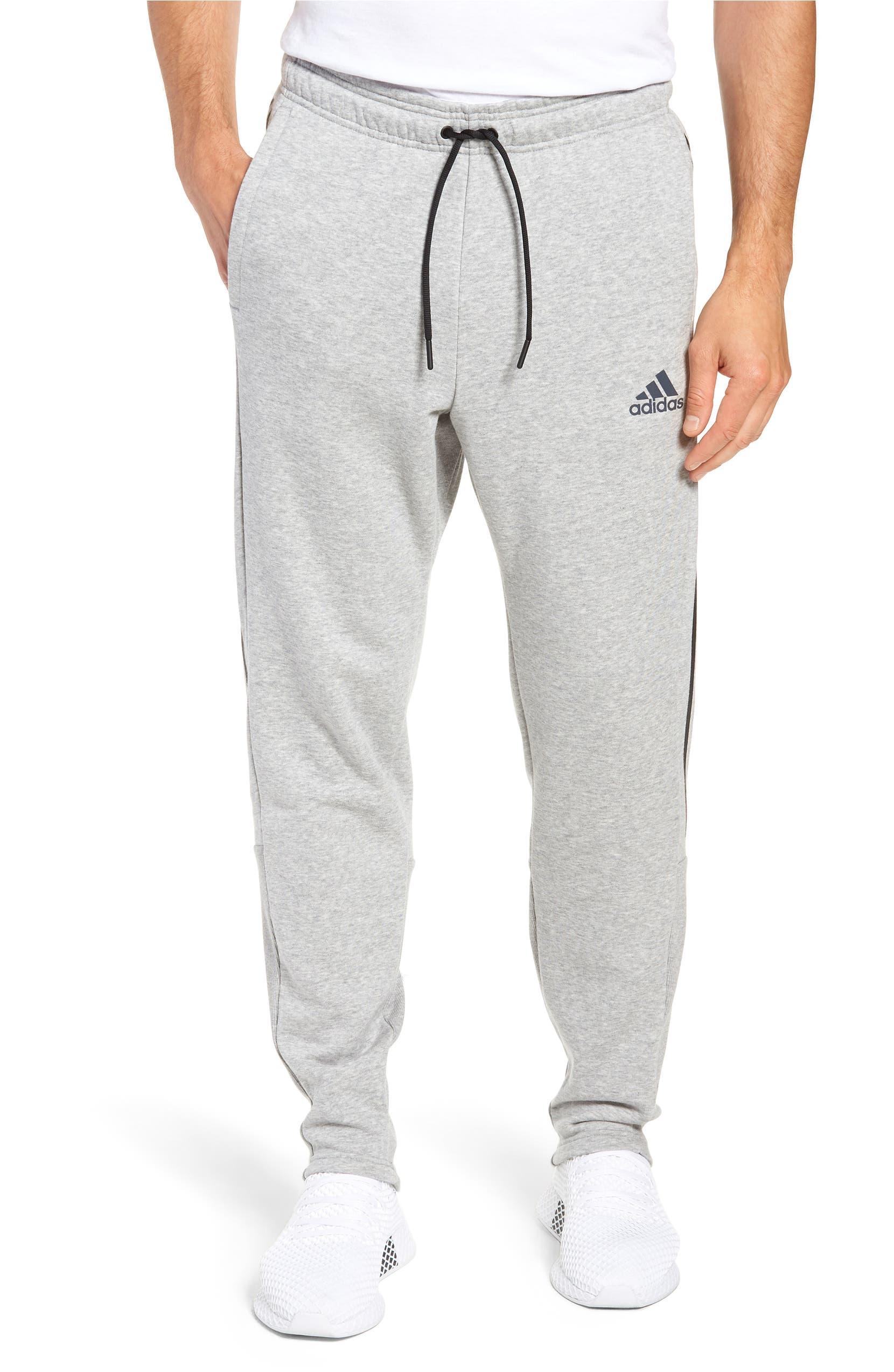 MH 3S Tiro Sweatpants