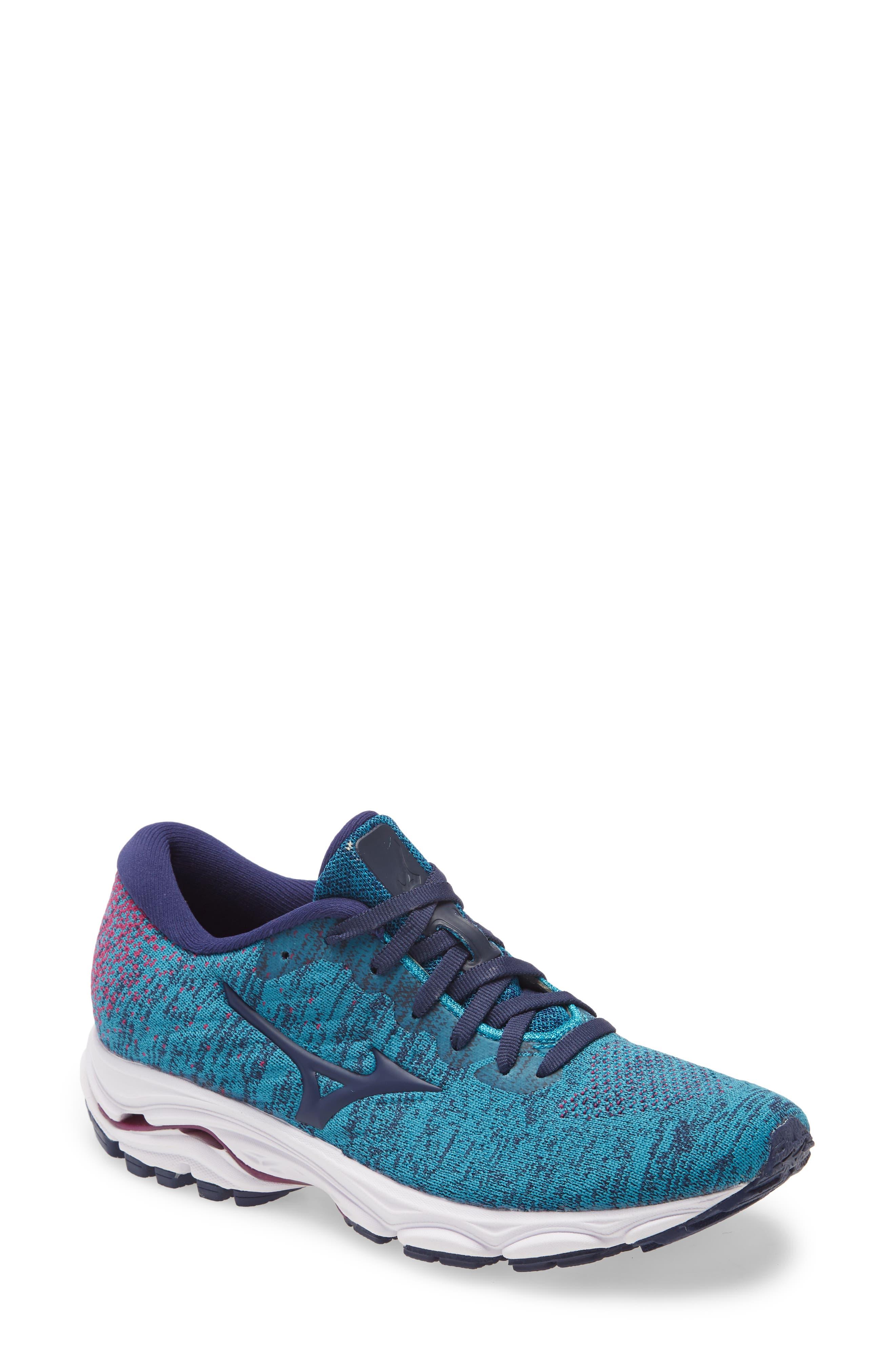 Image of Mizuno Wave Inspire 16 Knit Running Shoe