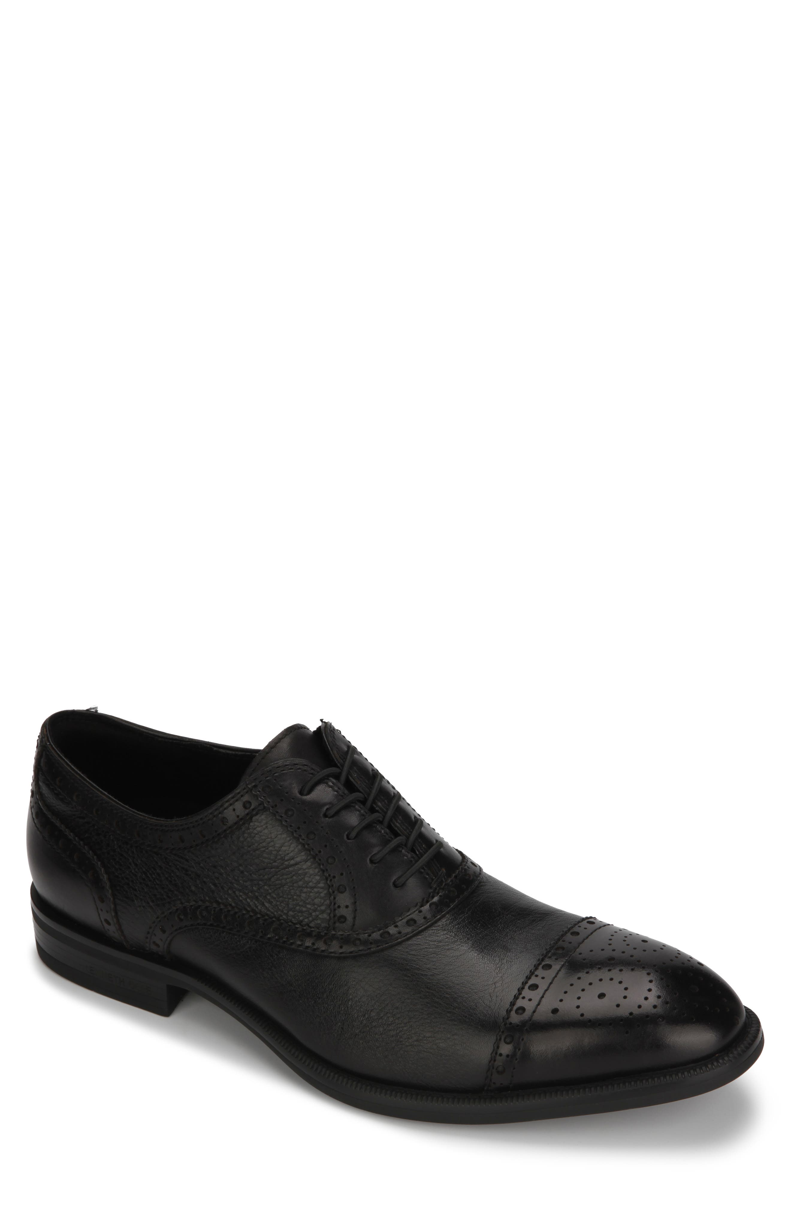 Image of Kenneth Cole New York Perforated Trim Leather Cap Toe Oxford