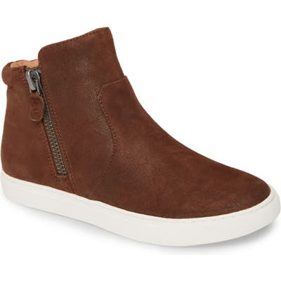 Gentle Souls By Kenneth Cole Carter Bootie- Brown