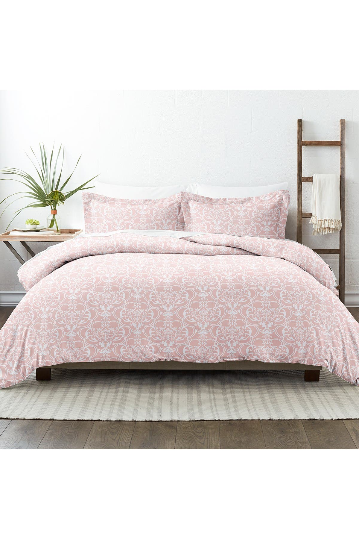 Image of IENJOY HOME Home Collection Premium Ultra Soft Romantic Damask Pattern 3-Piece Duvet Cover Set - Pink - Full / Queen