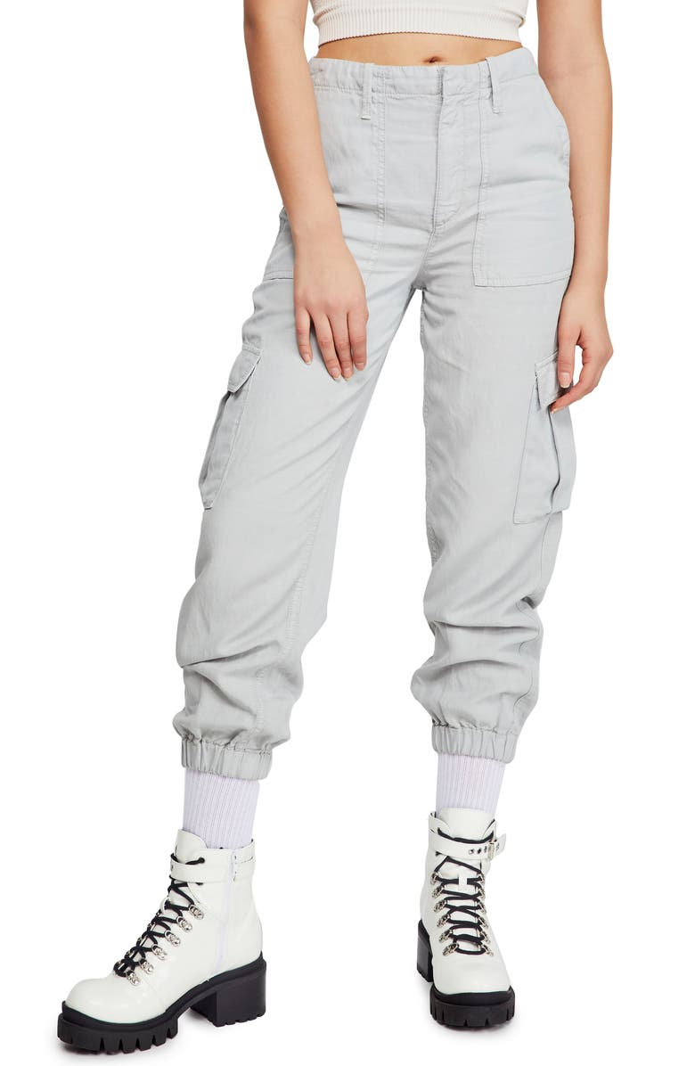 BDG Urban Outfitters Cargo Joggers, Main, color, LIGHT BLUE