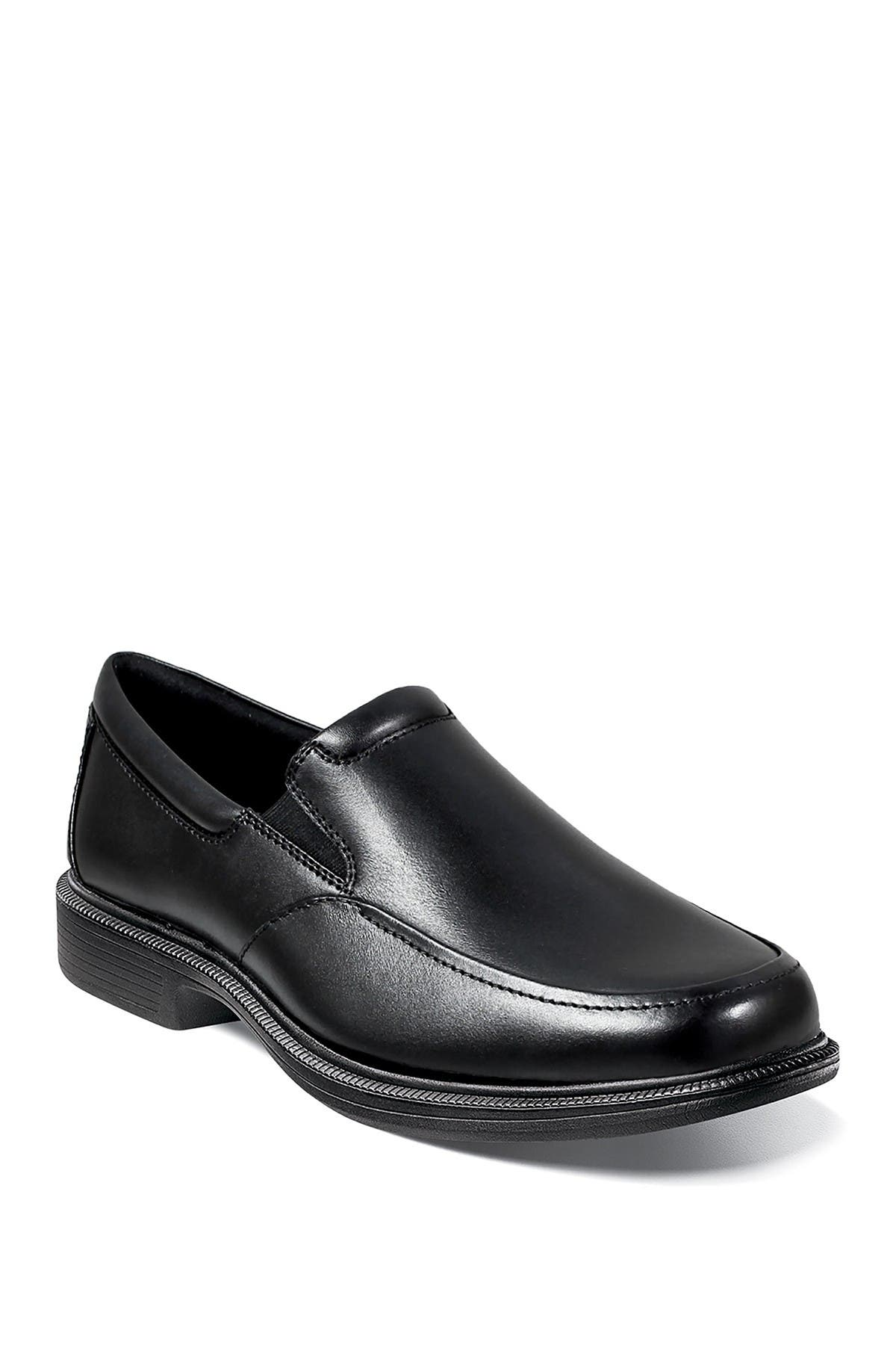 Image of NUNN BUSH Lamont Moc Toe Slip-On Loafer - Wide Width Available