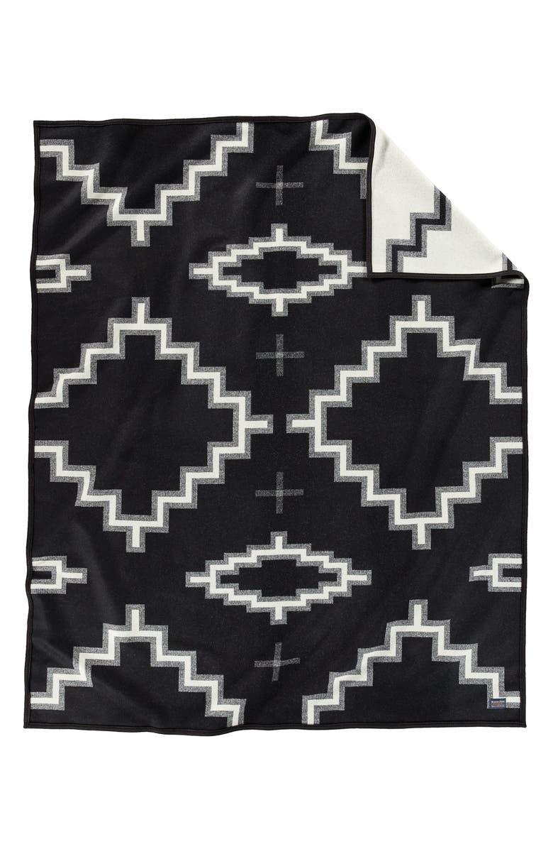 PENDLETON Kiva Steps Jacquard Robe Blanket, Main, color, KIVA STEPS