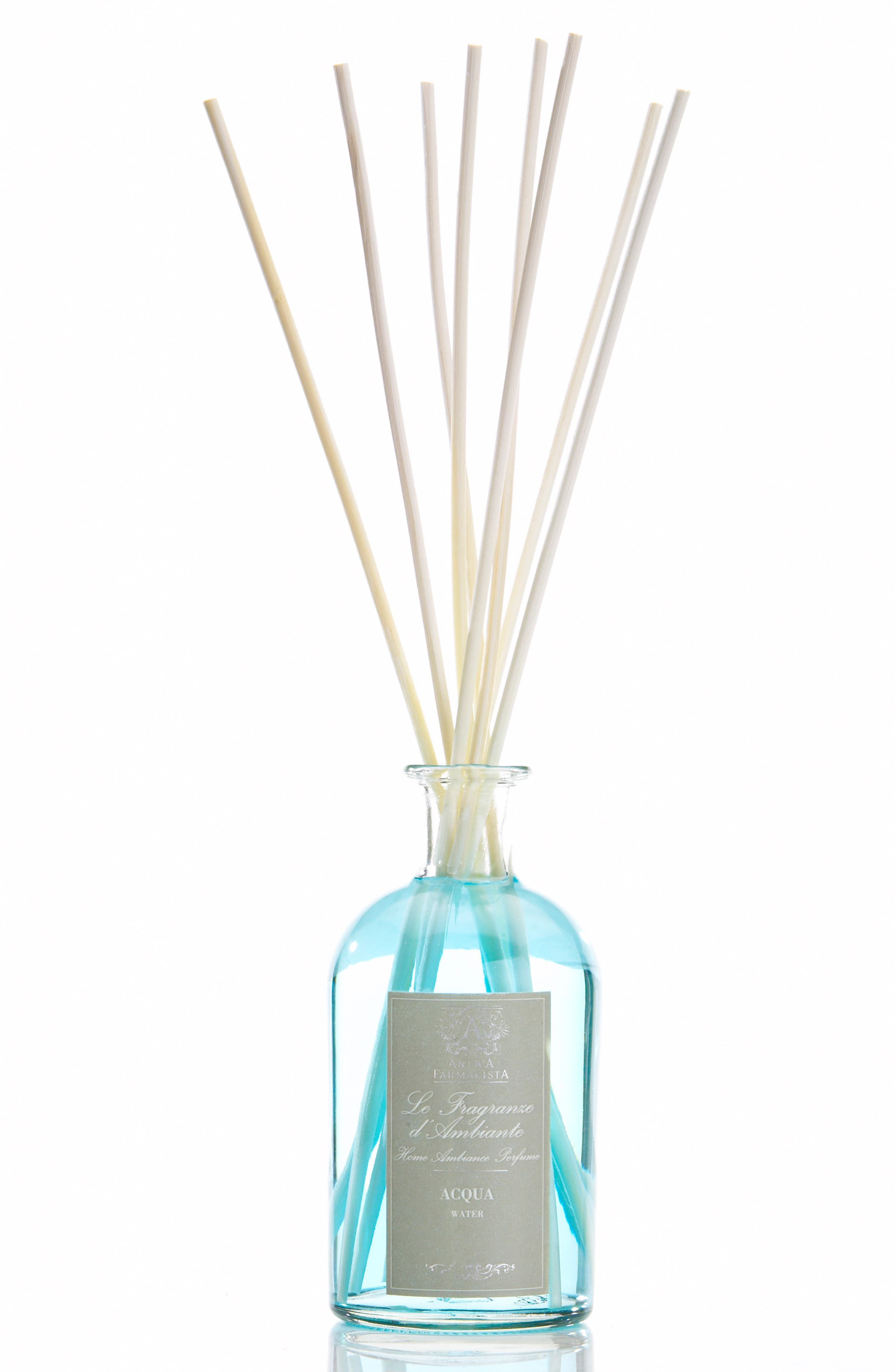 What it is: A reed diffuser presented in an apothecary-inspired bottle filled with fragrance that permeates the air through the bottle\\\'s open neck. Fragrance story: Acqua is a like a delicate sea breeze, blending sweet musk and cool marine algae. Notes: Sweet musk, marine algae. Style Name: Antica Farmacista Acqua Home Ambiance Perfume. Style Number: 250359. Available in stores.