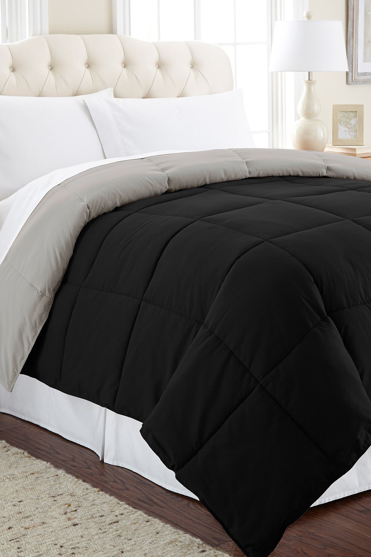 Image of Modern Threads Down Alternative Reversible King Comforter - Anthracite/Silver