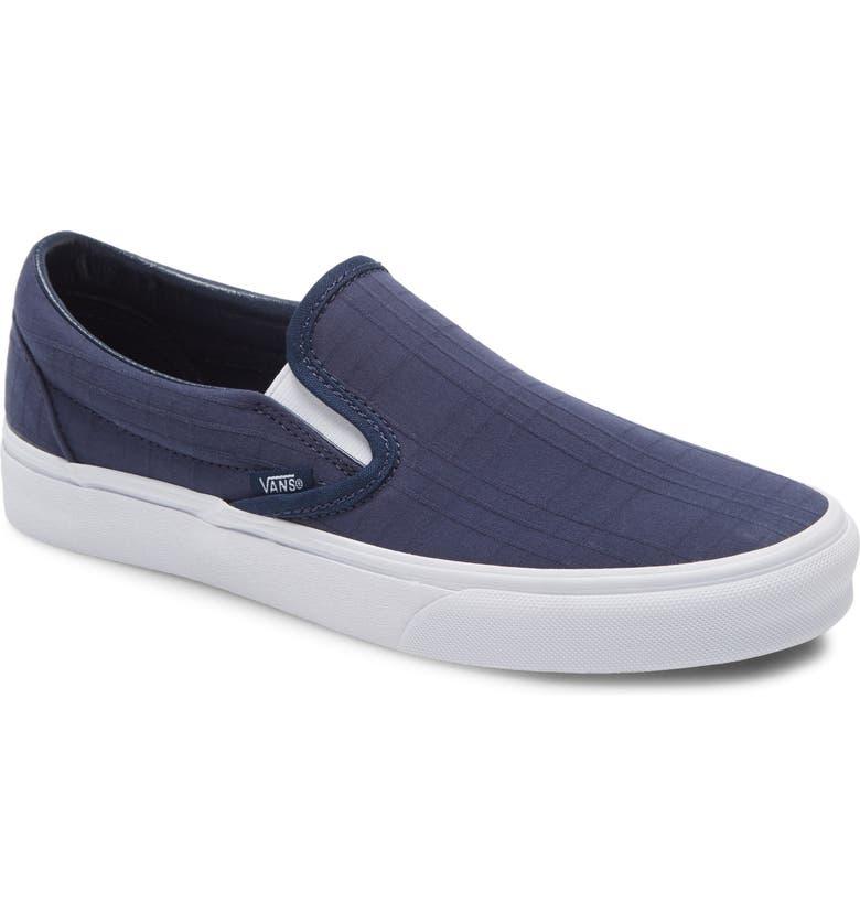 VANS Classic Slip-On, Main, color, DRESS BLUES/ TRUE WHITE