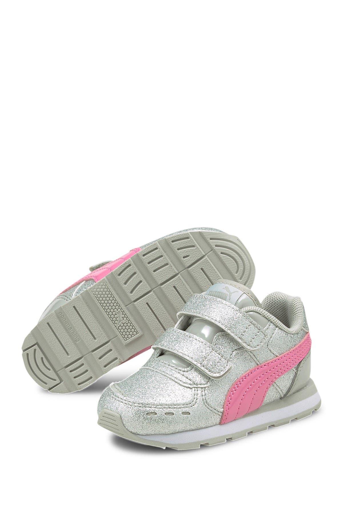 Image of PUMA Vista Glitz V Sneaker