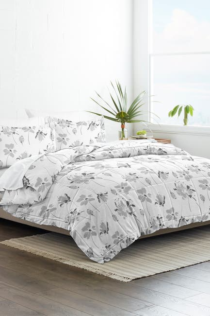 Image of IENJOY HOME Home Collection Premium Down Alternative Magnolia Grey Patterned King/California King Comforter 3-Piece Set - Light Gray