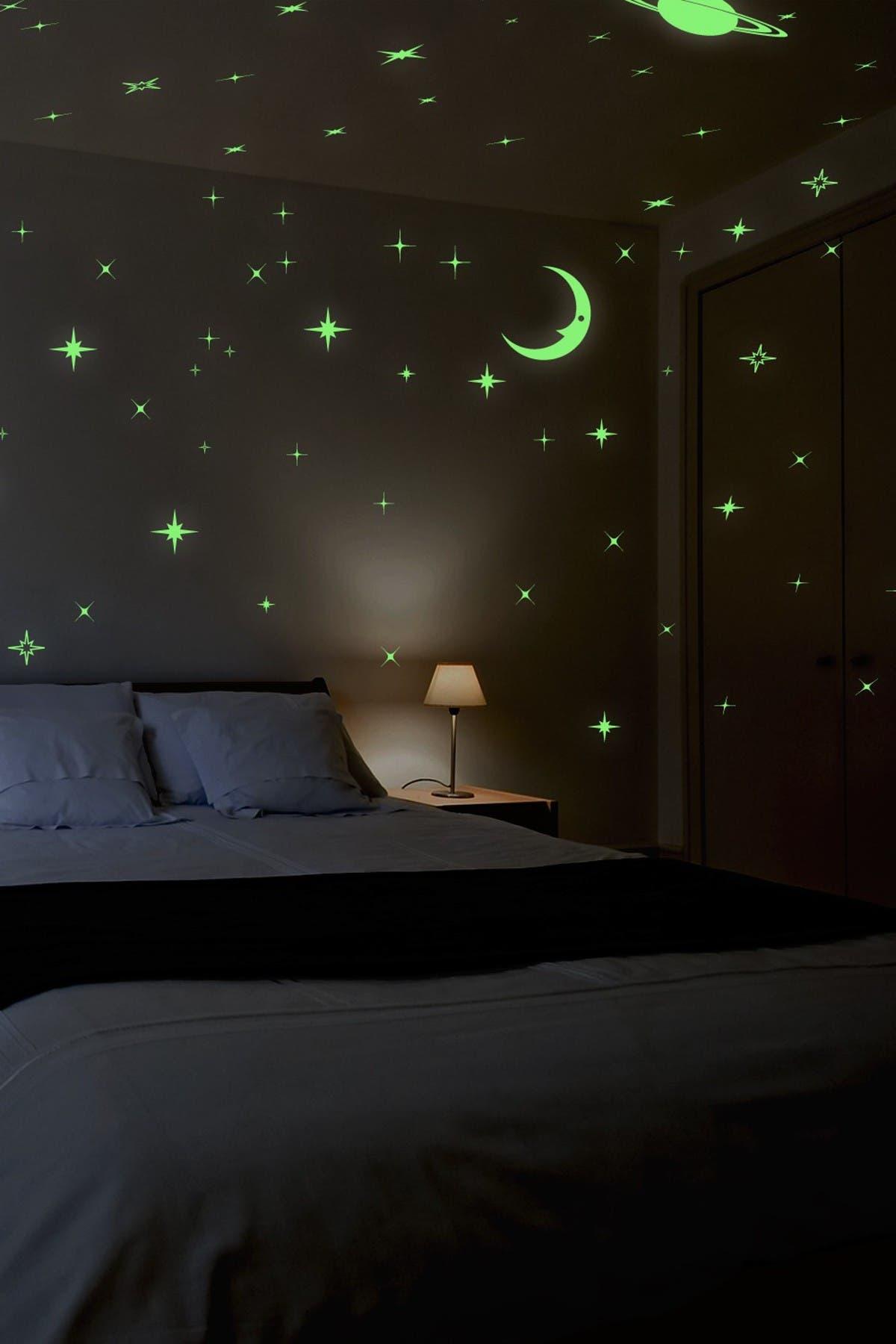 Image of WalPlus Green Wall Sticker Art Glow In Dark Starry Night
