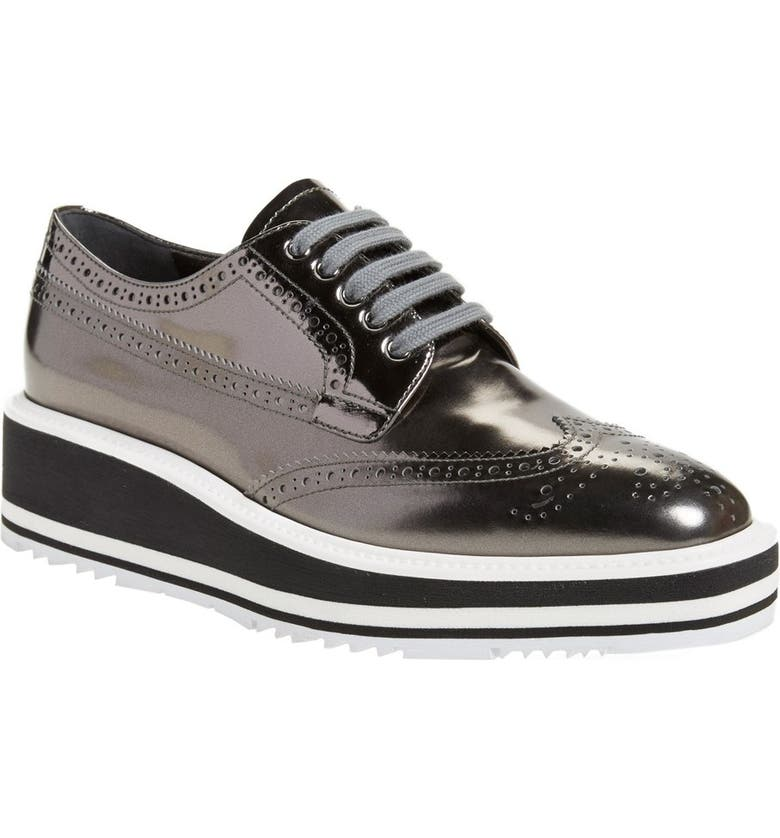 f6d35ba8 Winged Oxford
