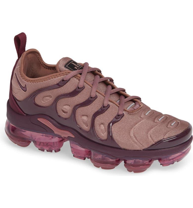 half off 545d1 0fee2 Air VaporMax Plus Sneaker