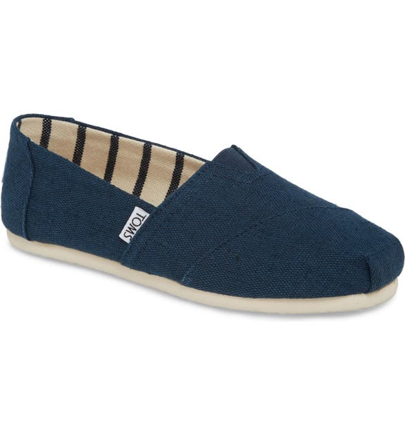 Toms Classic Canvas Slip-On In Majolica Blue Heritage Canvas