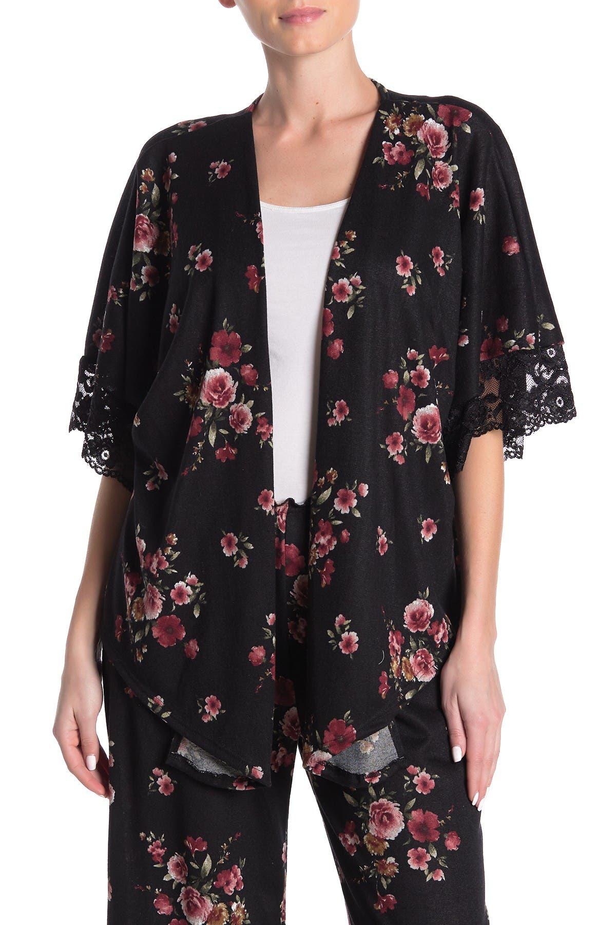 Image of Blue Moon Pink Star Rose Print Lace Trim Kimono