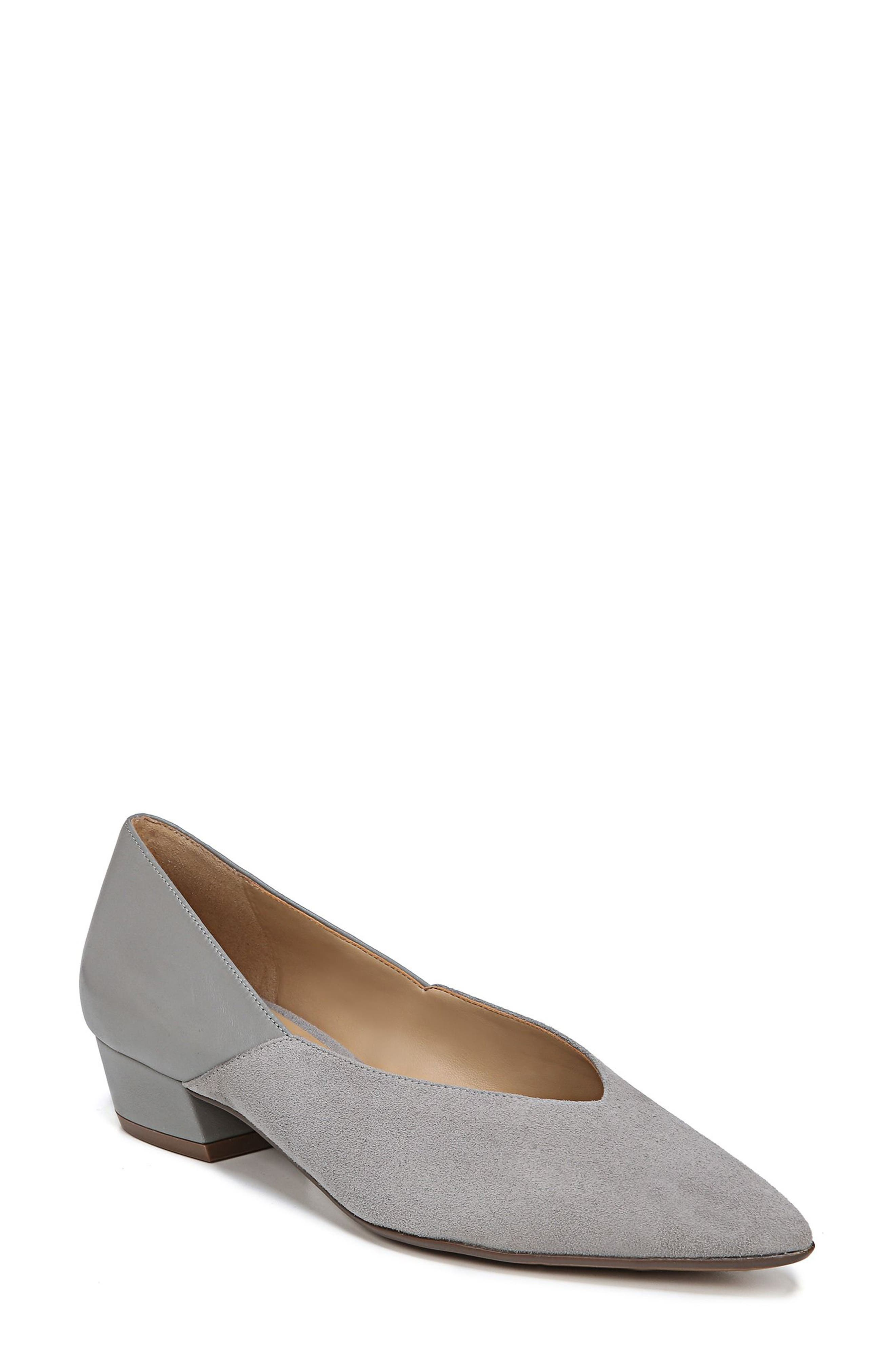 Naturalizer Betty Pump