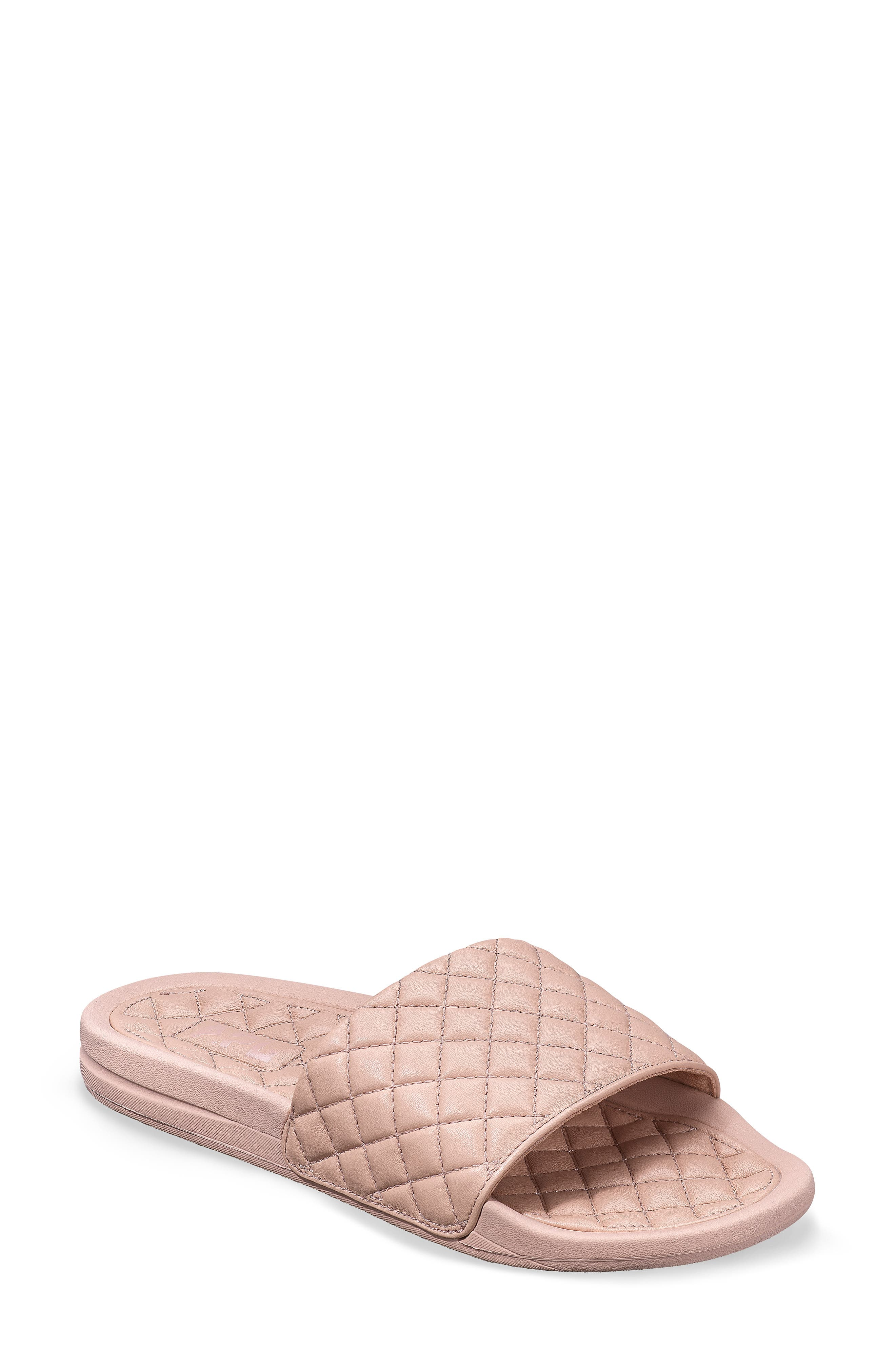 Lusso Quilted Slide Sandal