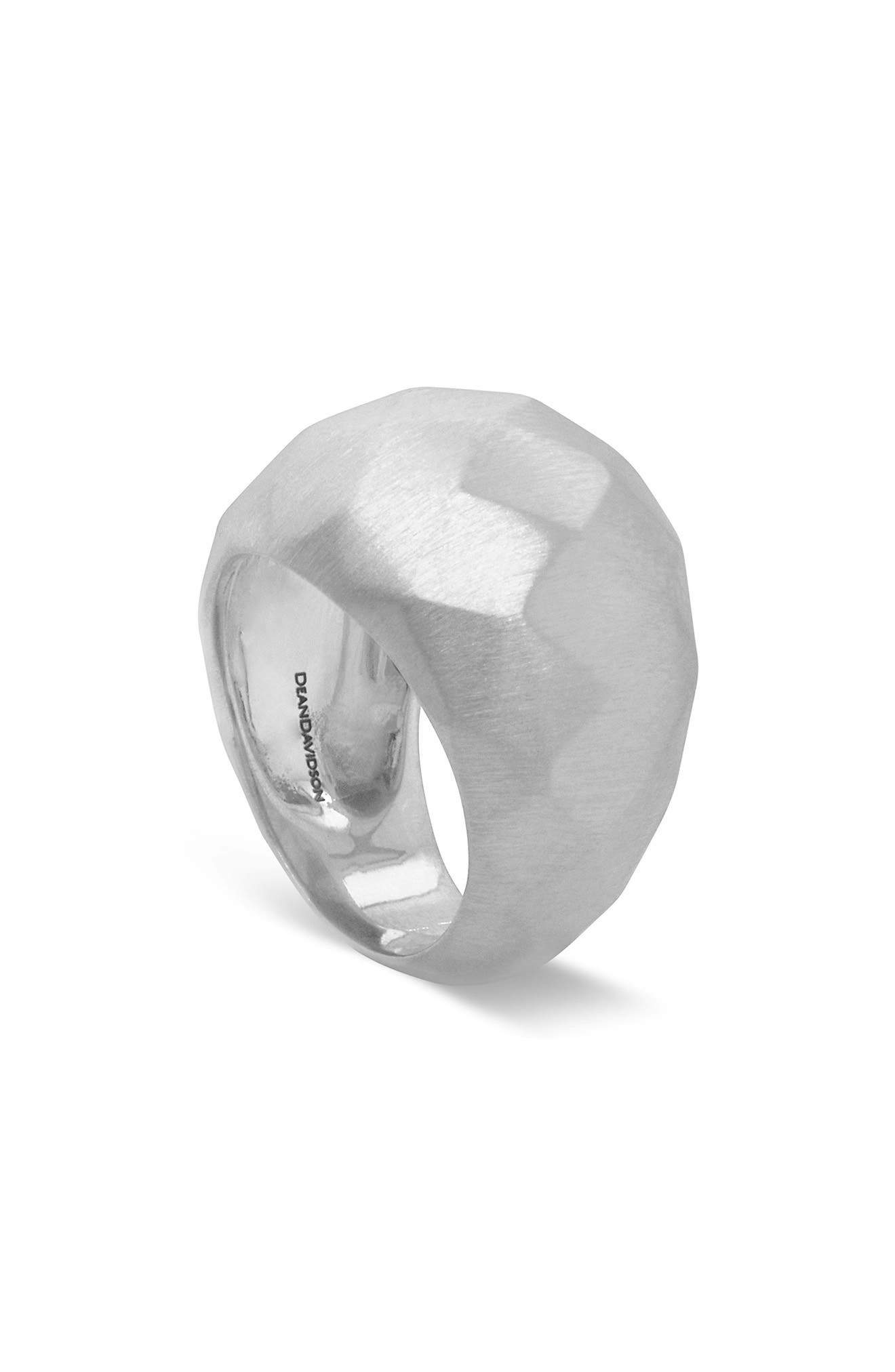 Manhattan Dome Ring