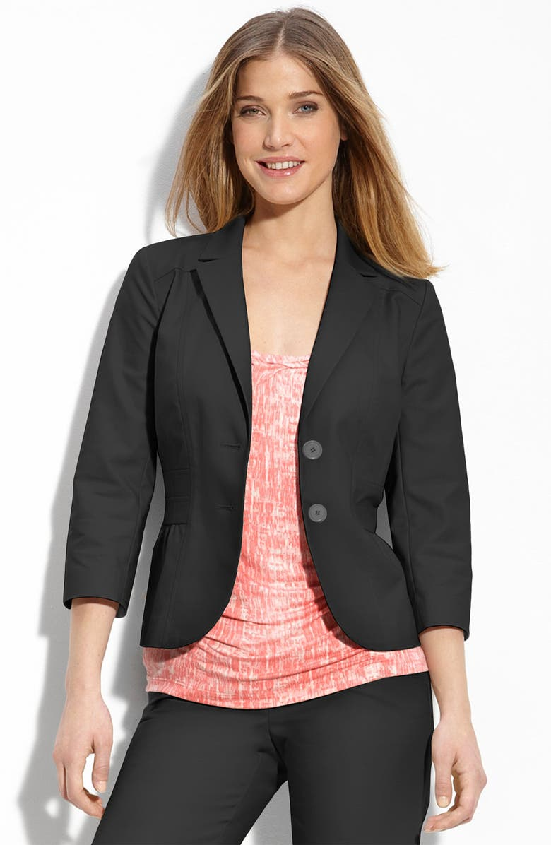 HALOGEN<SUP>®</SUP> Two Button Blazer, Main, color, 001