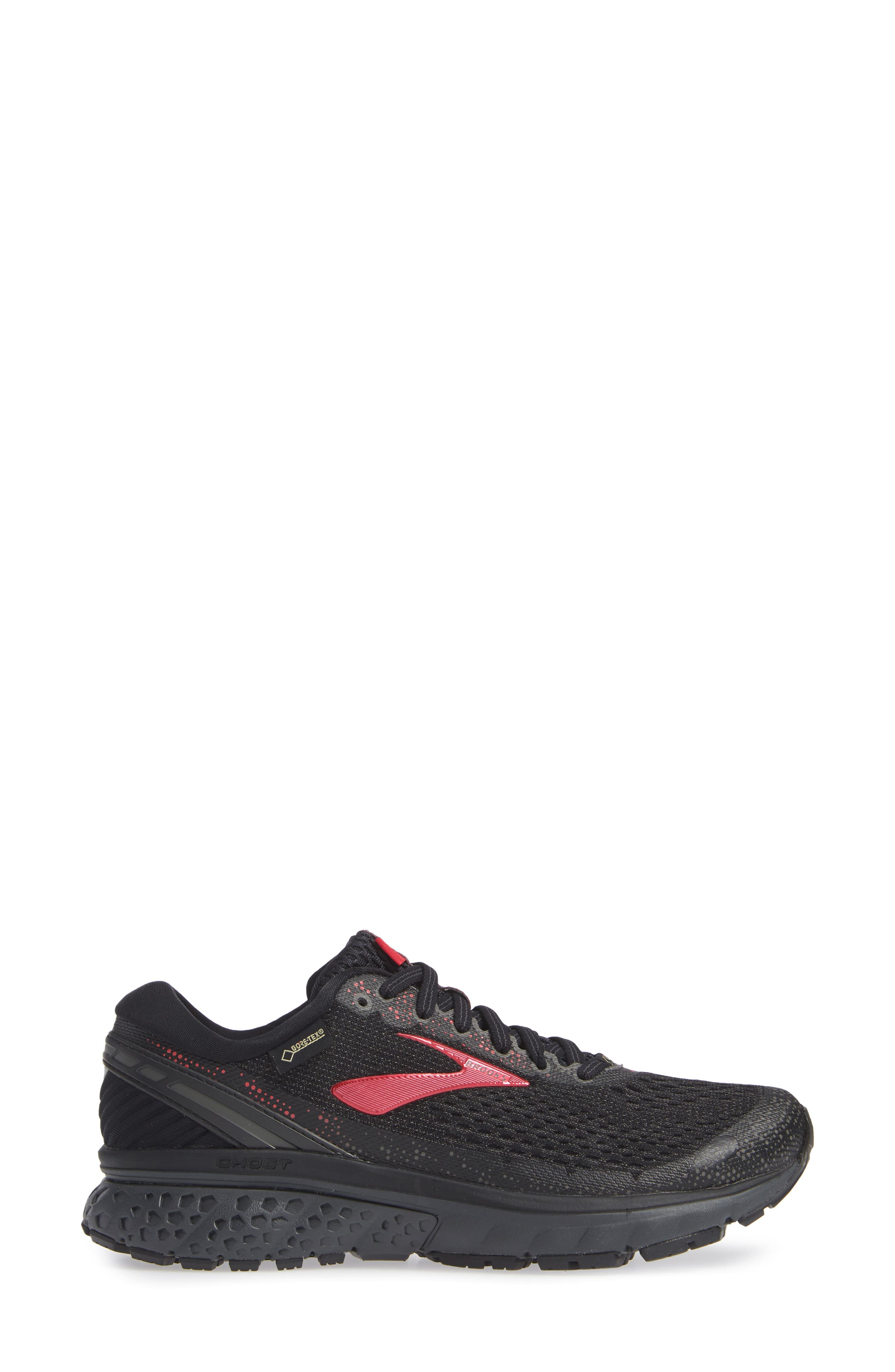 ,                             Ghost 11 GTX Gore-Tex<sup>®</sup> Waterproof Running Shoe,                             Alternate thumbnail 3, color,                             BLACK/ PINK/ EBONY