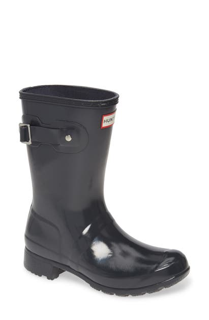 Hunter Original Tour Short Gloss Packable Rain Boot In Dark Slate