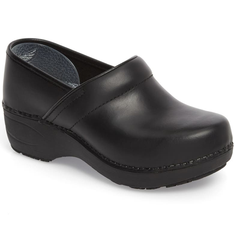DANSKO Pro XP 2.0 Clog, Main, color, BLACK PULL UP LEATHER