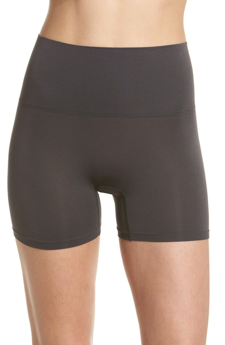 YUMMIE Ultralight Seamless Shaping Shorts, Main, color, 031