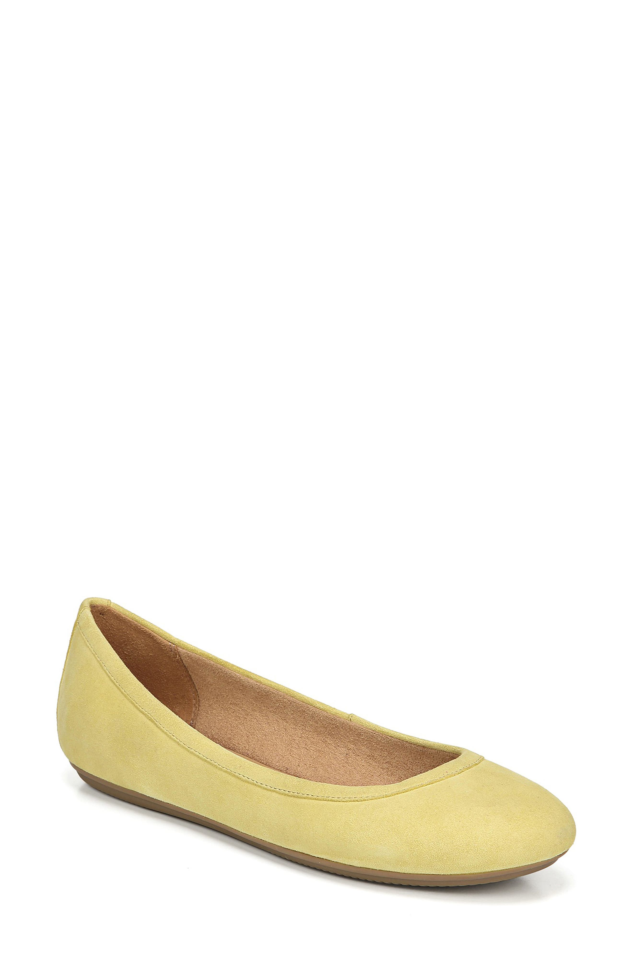 Naturalizer Brittany Flat, Yellow