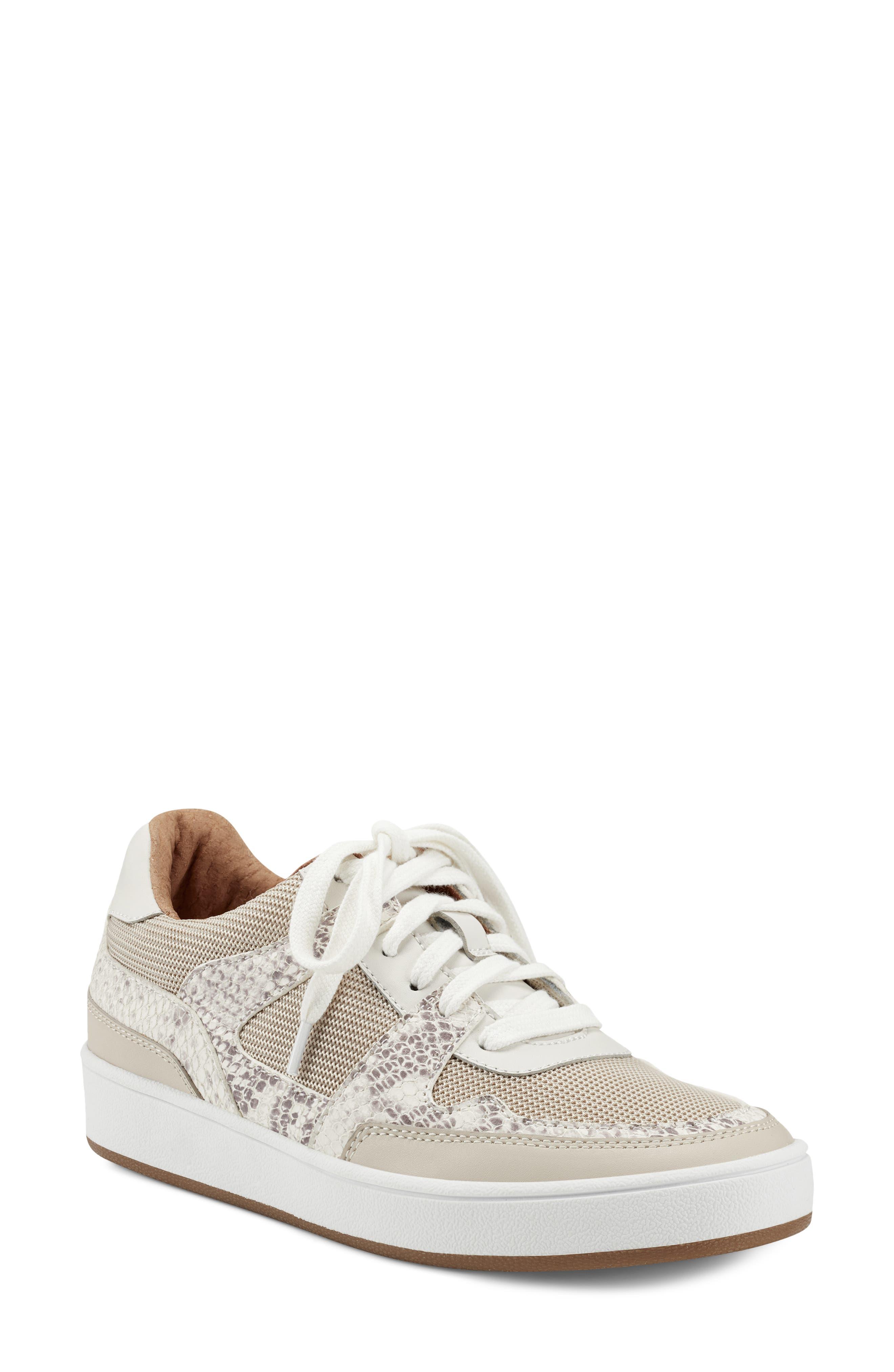 Hennia Sneaker