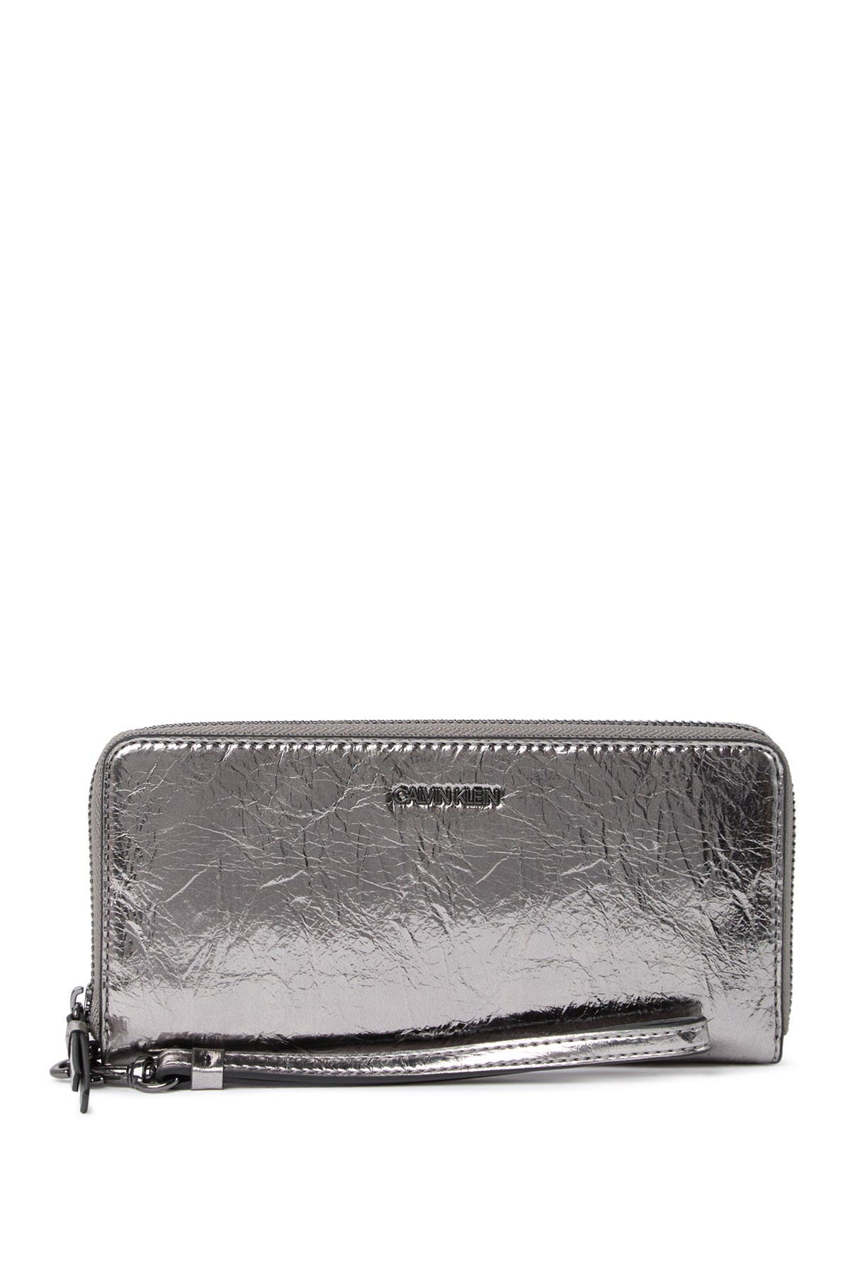 Image of Calvin Klein Key Item Signature Continental Wallet