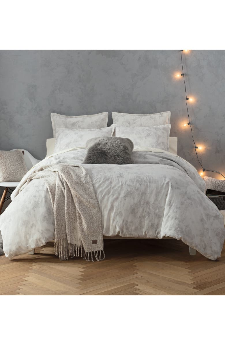 UGG<SUP>®</SUP> Palisades Duvet Cover, Main, color, SNOW