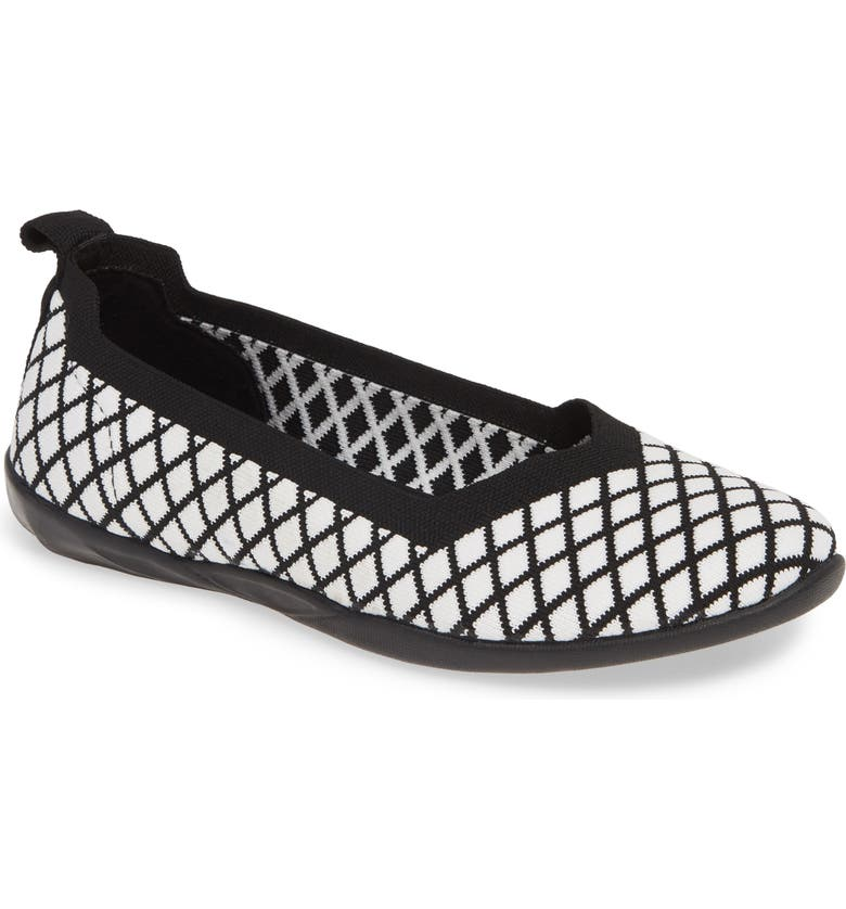 BERNIE MEV. Catwalk X Flat, Main, color, BLACK/ WHITE FABRIC