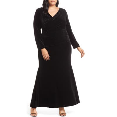 Plus Size Vince Camuto Side Ruched Gown, Black