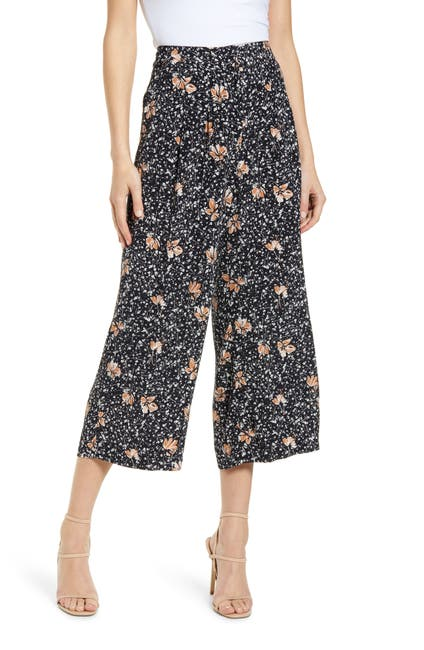 Image of Chelsea28 Wide Leg Printed Pants