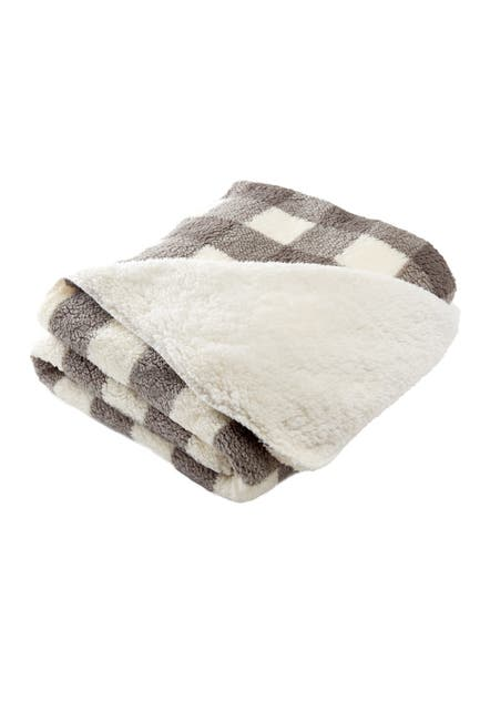 """Image of Nordstrom Rack Buffalo Check Faux Fur 50"""" x 60"""" Throw"""