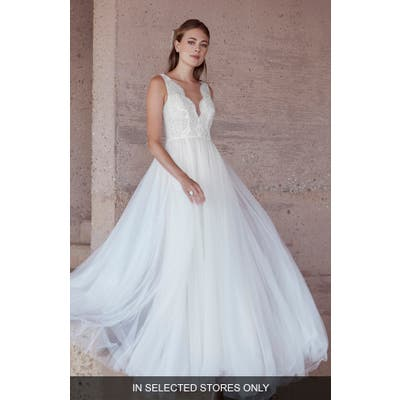 Watters Van Der Wal Lace & Tulle Wedding Dress, Size IN STORE ONLY - Ivory