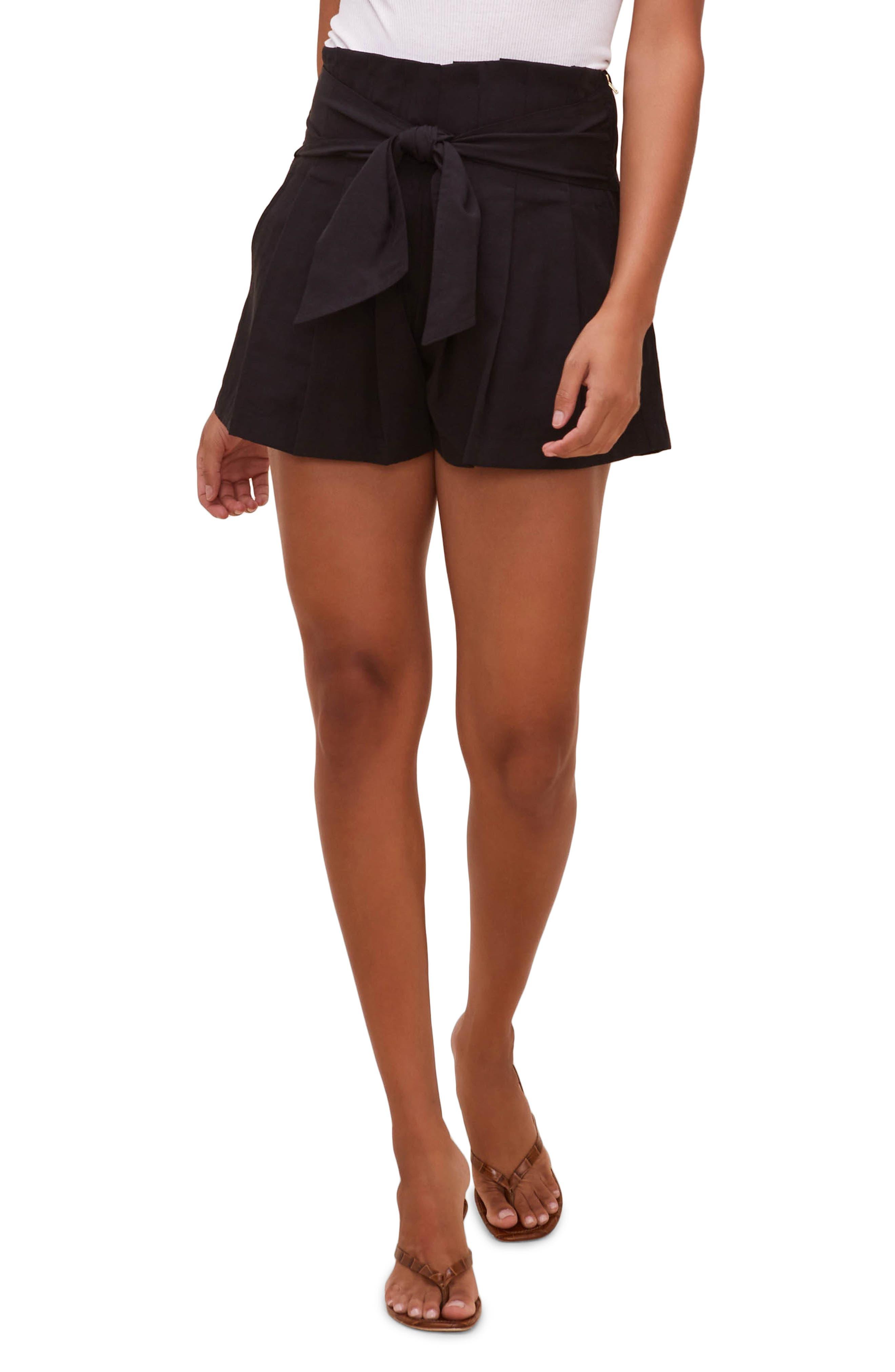 Marika Shorts