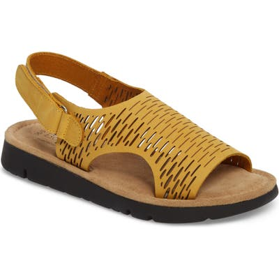 Bos. & Co. Saga Sandal, Yellow