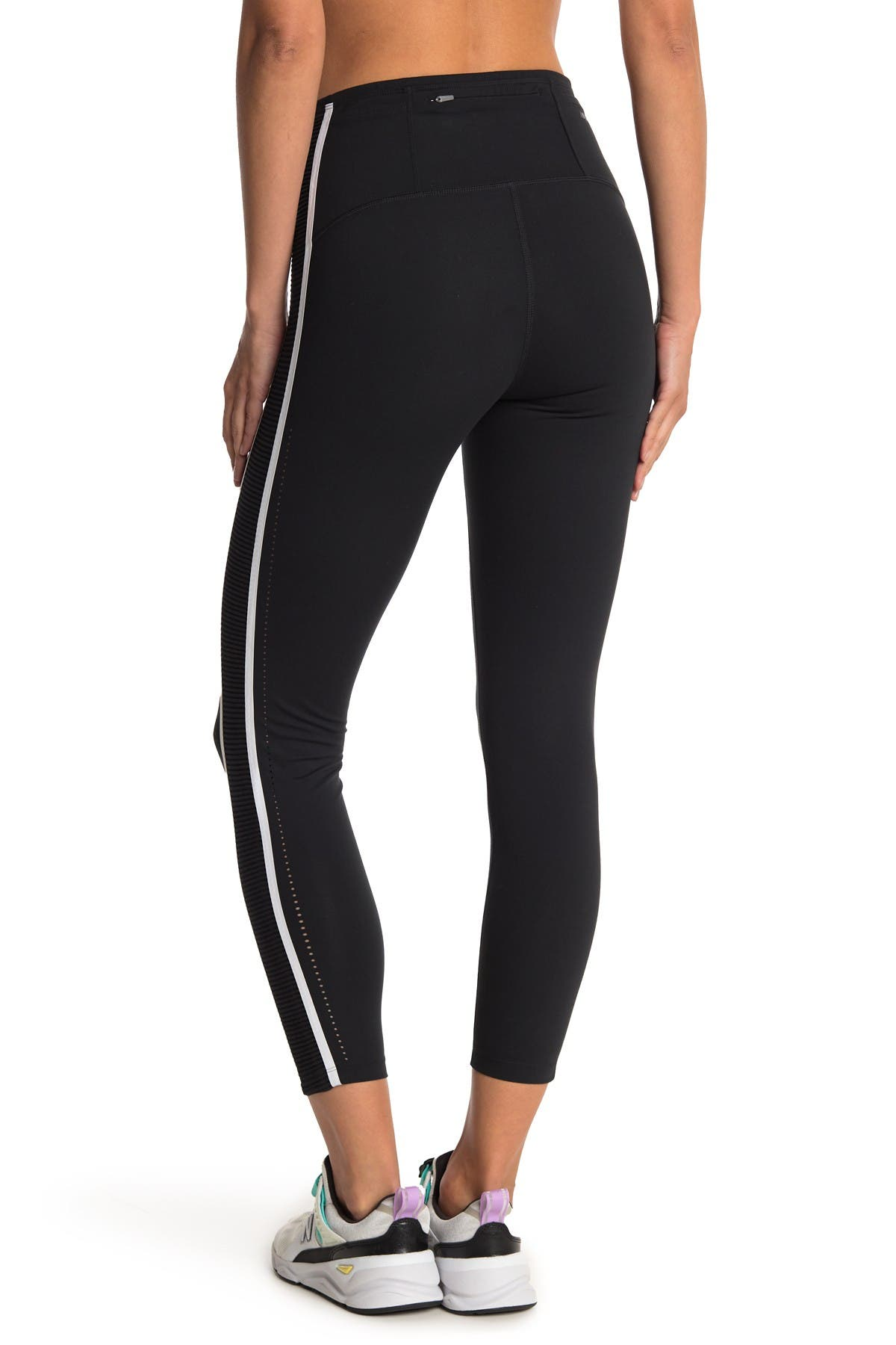 Image of New Balance Archive Run Tight Crop Leggings