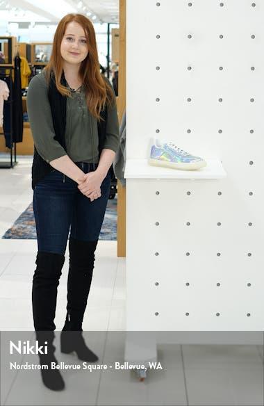 Metallic Sneaker, sales video thumbnail