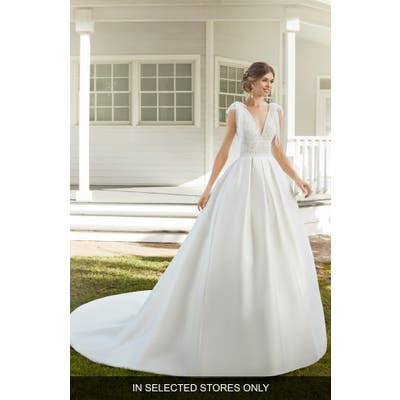 Rosa Clara Caribe Lace Ballgown Wedding Dress, Size IN STORE ONLY - Ivory