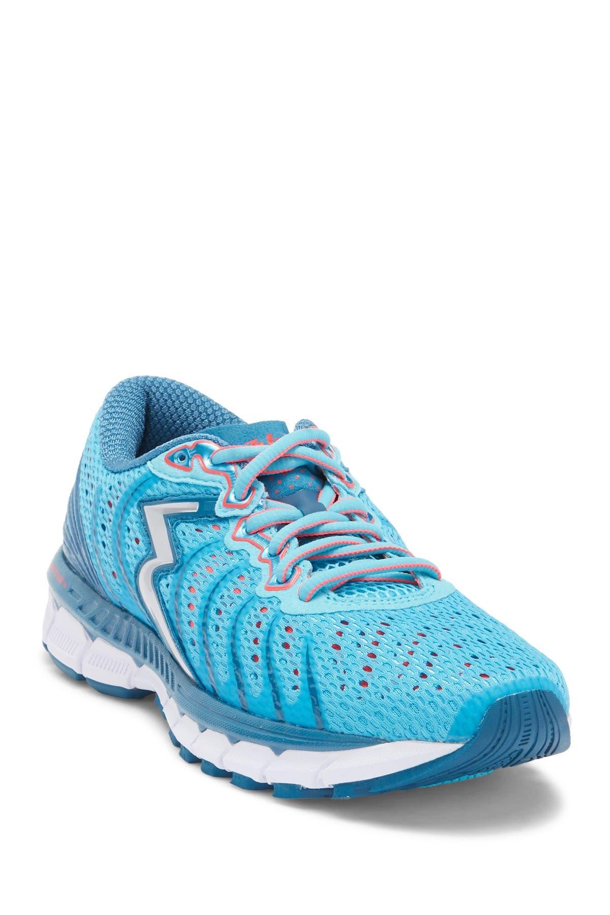 361 Degrees   Stratomic Running Shoe