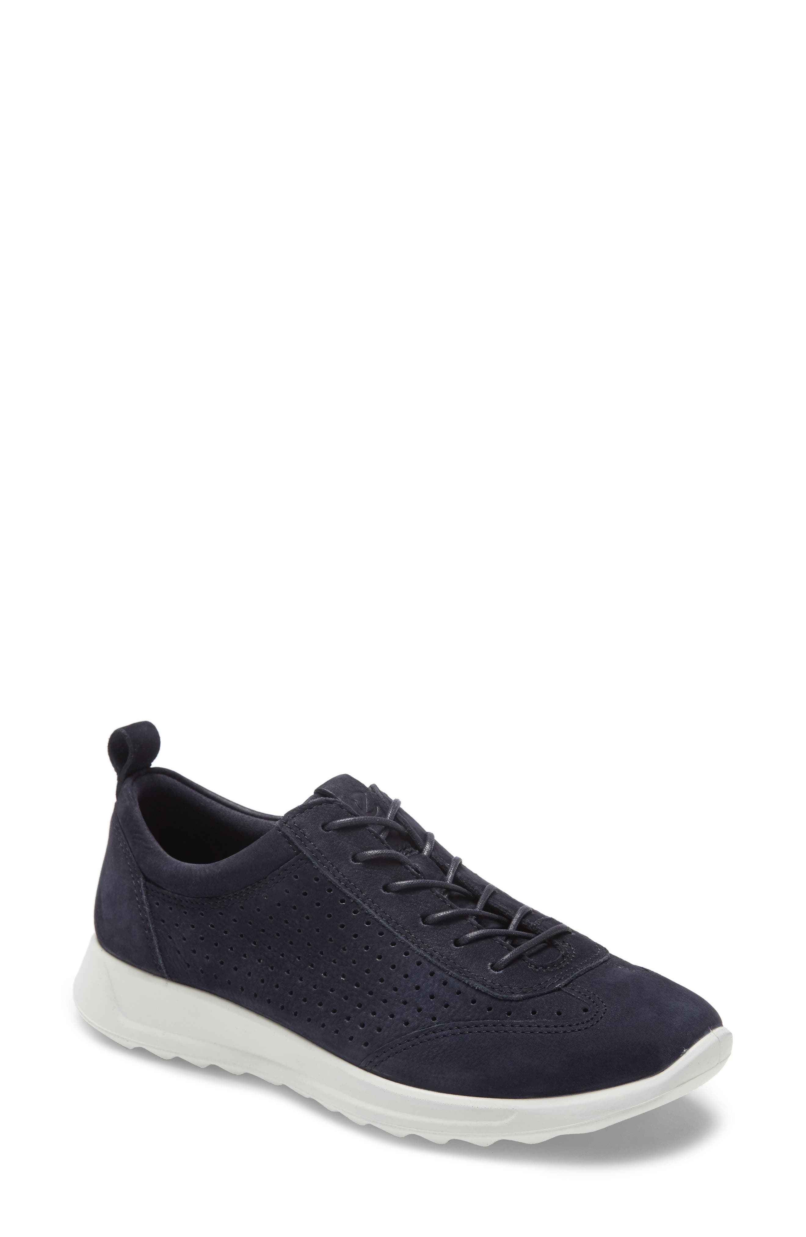 Image of ECCO Flexure Runner Perforated Sneaker
