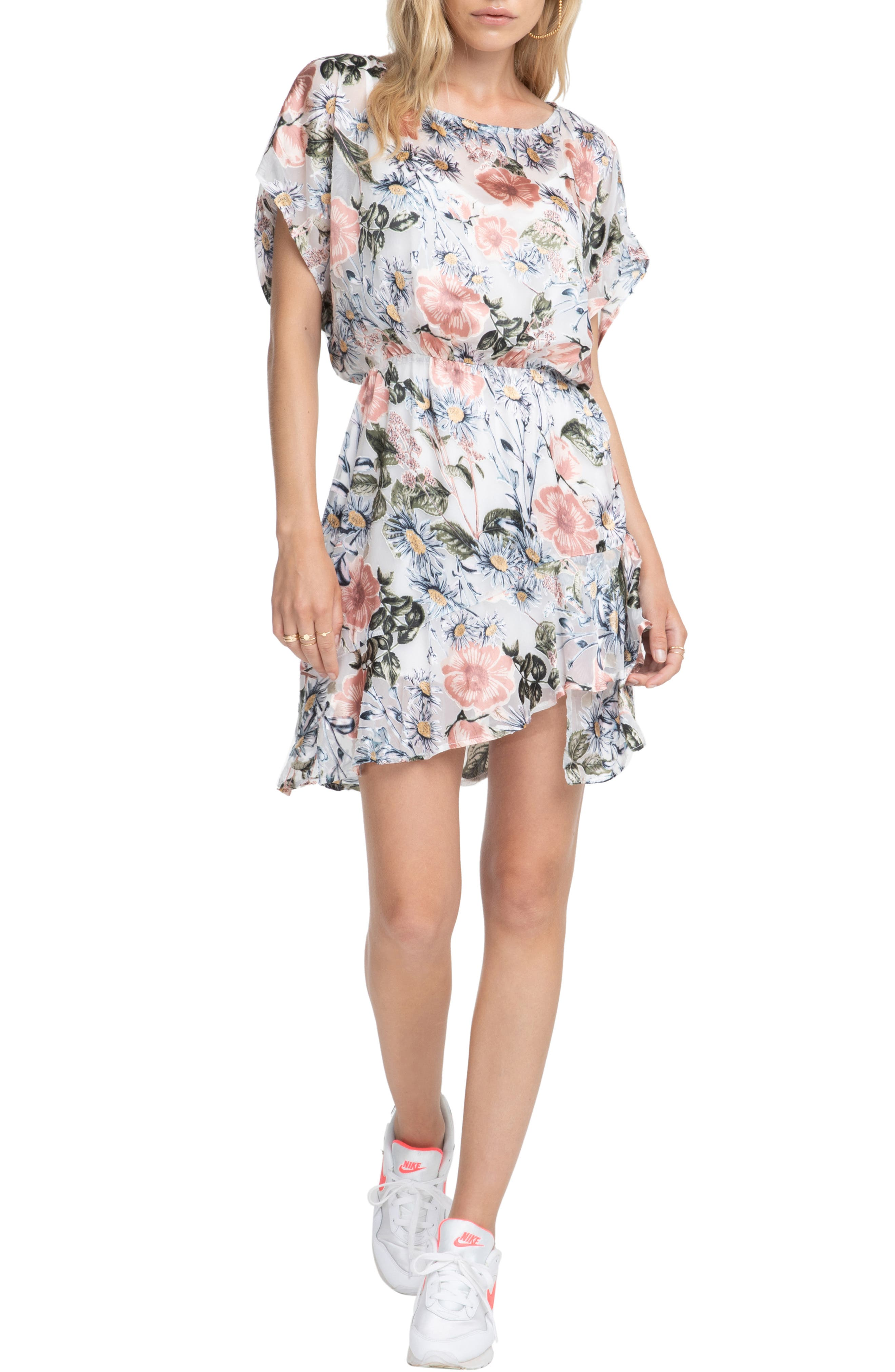 Astr The Label Tyler Floral Print Dress, Pink
