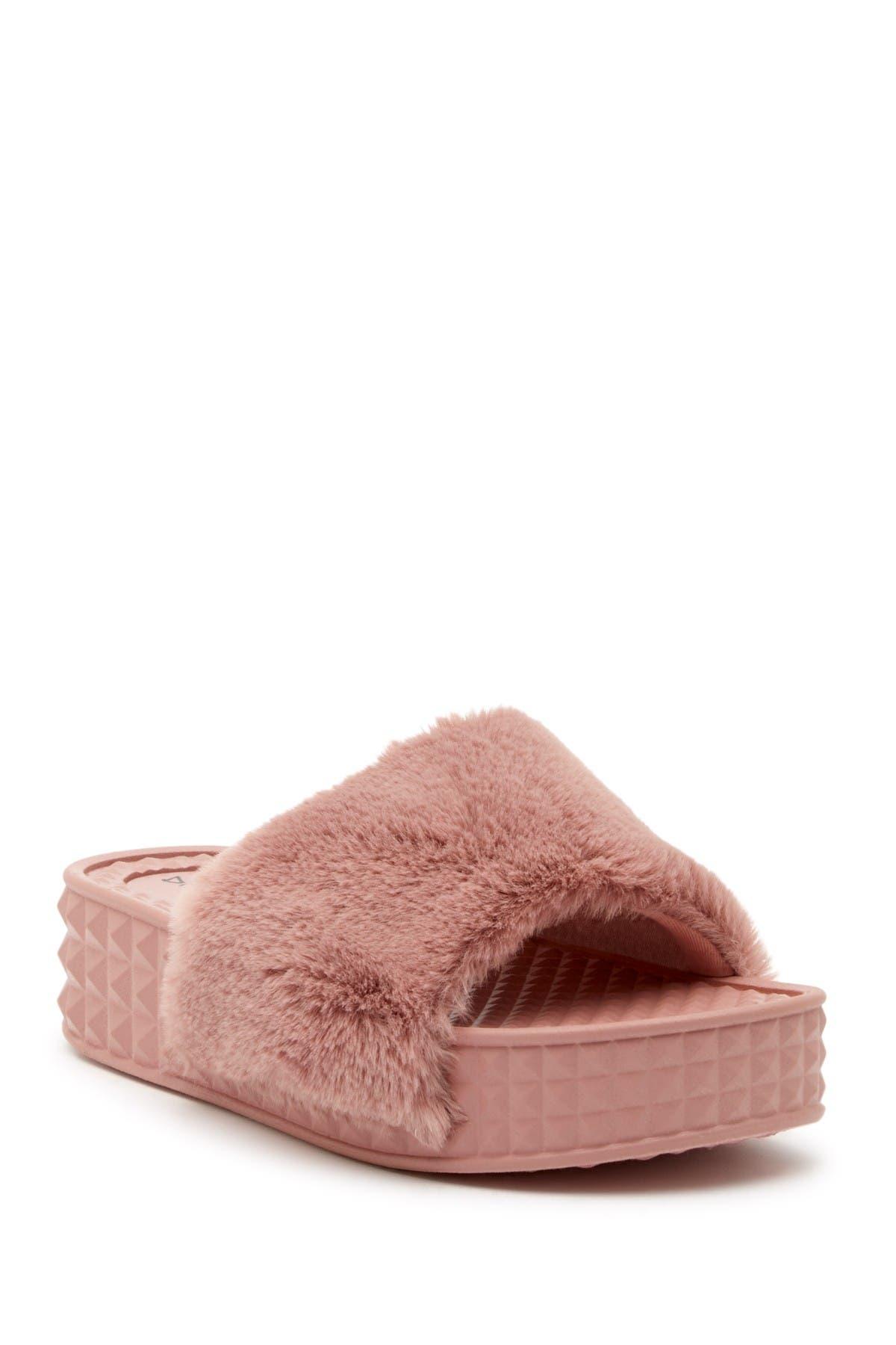 Image of Dirty Laundry Sonny Faux Fur Slide Sandal
