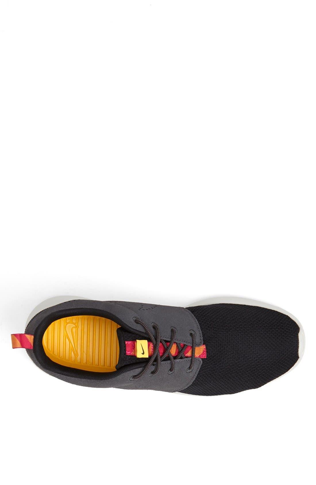 ,                             'Roshe Run' Sneaker,                             Alternate thumbnail 17, color,                             012