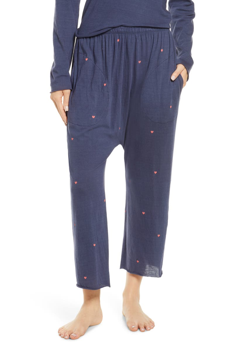 THE GREAT. The Lounge Crop Pajama Pants, Main, color, NAVY W/ VALENTINE HEARTS