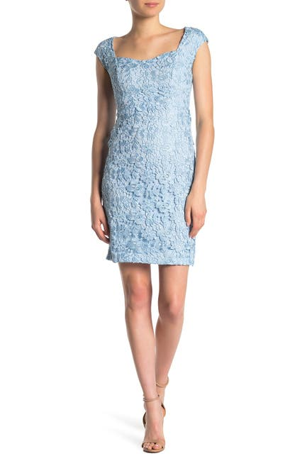 Image of Alexia Admor Brynne Lace Cap Sleeve Dress