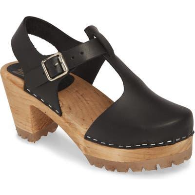 Mia Madeline Clog Sandal, Black