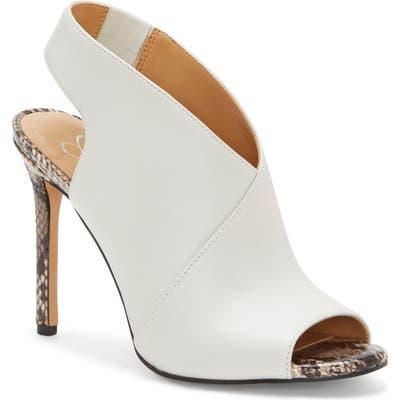 Jessica Simpson Jourie 2 Sandal- White